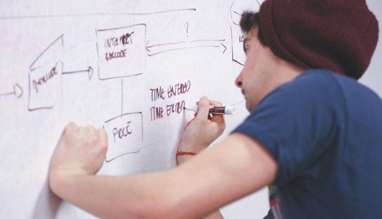 ホームページ制作の流れとは? やることや必要な書類も紹介